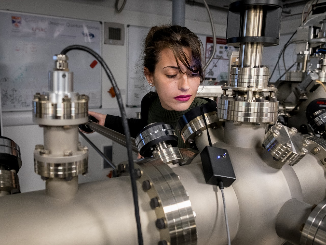 In our quantum materials research lab working with the high-ultra vacuum kit: copyright www.broaddaylightltd.co.uk