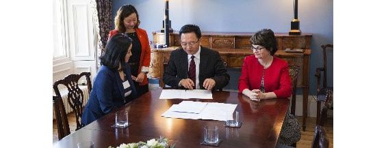 Dr Wu and Principal
