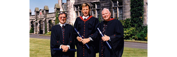 golfing honorary grads