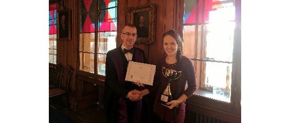 The Proctor awarding the John Honey Award 2018 to Sarah Rodway-Swanson