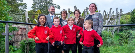 Professor Josep Call, Director of the Budongo Research Unit; Dame Anne Glover, President of the Royal Society of Edinburgh; Professor Sally Mapstone, Principal and Vice-Chancellor, University of St Andrews; Dr Charlotte Macdonald, Director of Conservation and Living Collections, RZSS Edinburgh Zoo; Corstorphine Primary School children