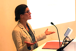Dr Alina Baluch speaks at the Contracting for Sustainability event, Edinburgh